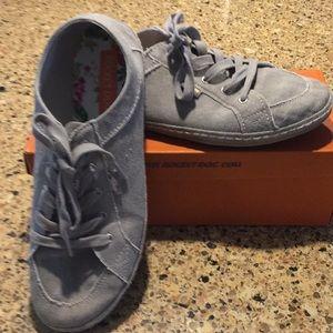 RocketDog 🐶 canvas flat sneakers